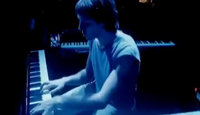 Watch and share Dire Straits - Sultans Of Swing (Alchemy Live) GIFs on Gfycat