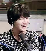 Watch delicate daisy GIF on Gfycat. Discover more fairy prince, mygif, taemin GIFs on Gfycat