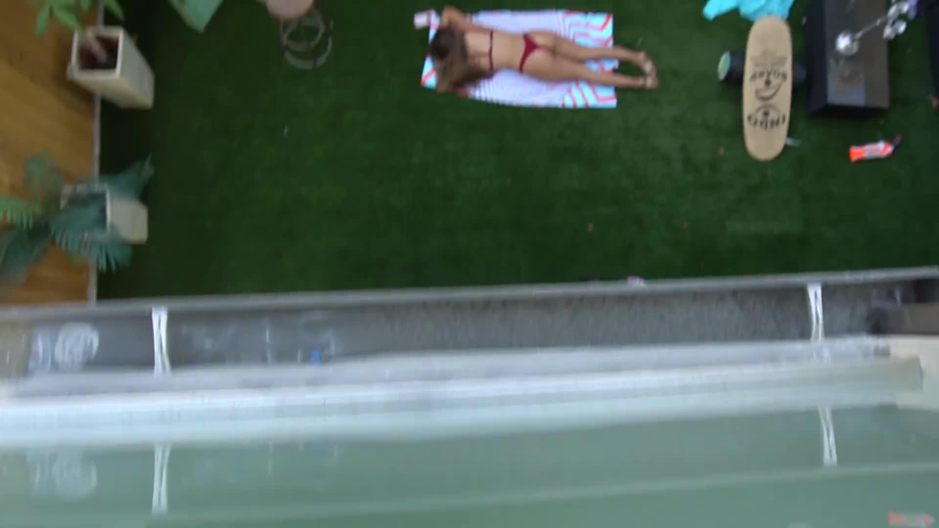 10, alissa, and, brooks, lucas, tales, team, tessa, tristan, violet, Giant Spider Bikini Prank !!! (w: Tessa Brooks) GIFs