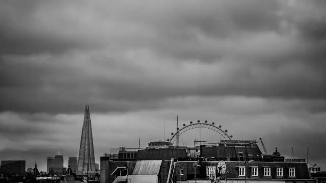 The Shard and Millennium Eye in London Timelapse