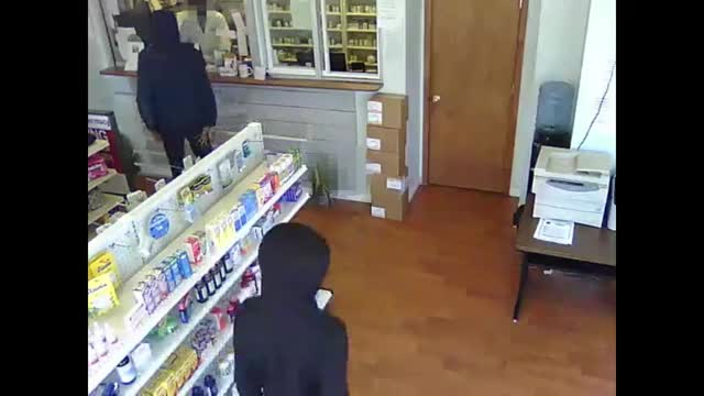 Watch DC Armed Robbery GIF on Gfycat. Discover more funny, therewasanattempt GIFs on Gfycat