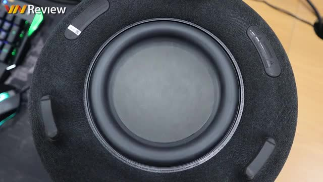 Watch and share Subwoofer GIFs by dadieu007 on Gfycat