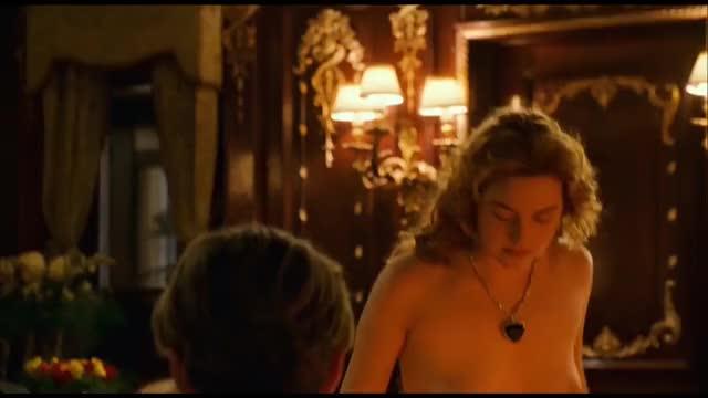 kate Winslet Iconic Scene