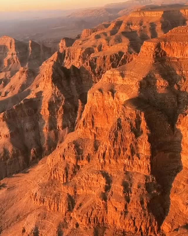 Watch and share Flying Through The Grand Canyon GIFs by yaggabagga on Gfycat
