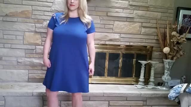 Watch grosse blonde GIF on Gfycat. Discover more dresses, fashion, maternity, spring, style, summer GIFs on Gfycat