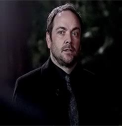 Watch and share Crowley X Naomi GIFs and So Much Sass GIFs on Gfycat