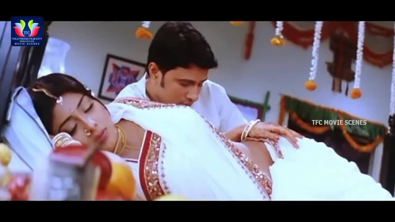 Shriya Saran Romantic Scene    Latest Telugu Full Movies    TFC Movie Scenes GIFs