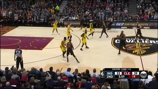 Watch and share Cleveland Cavaliers GIFs and Indiana Pacers GIFs by 왜 농구를 못 끊니 on Gfycat