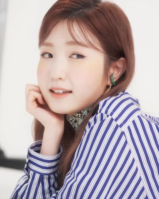 Watch and share Hitomi GIFs and Izone GIFs by Atlas of Stars on Gfycat