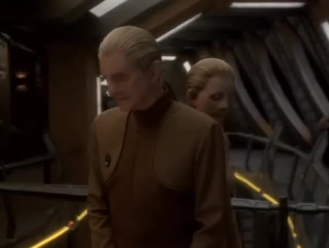 Watch and share Star Trek GIFs by Unposted on Gfycat