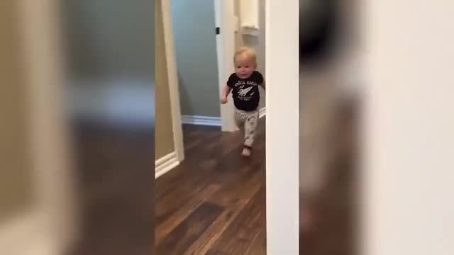 Watch zupertorre GIF on Gfycat. Discover more Compilation, Reaction, Scare, Viral, Weekly, adorable, afv, babies, comp, cute, funny, giggling, kids, laughing, react, reacts, scared, scream, screaming, toddler GIFs on Gfycat