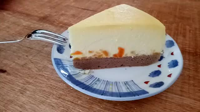 Watch and share Cheese Cake GIFs and Baking GIFs by joyjoykitchen on Gfycat