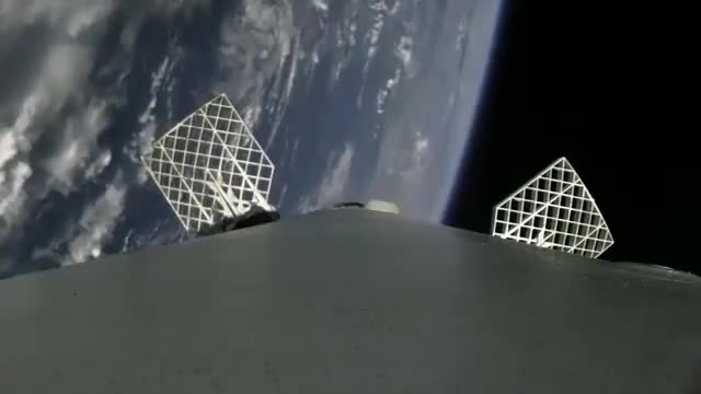 Watch Spacex GIF by @txerri_boy on Gfycat. Discover more roket, space GIFs on Gfycat
