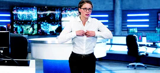 Watch and share Melissa Benoist GIFs and Warner Brothers GIFs by themindofjeriahoross on Gfycat