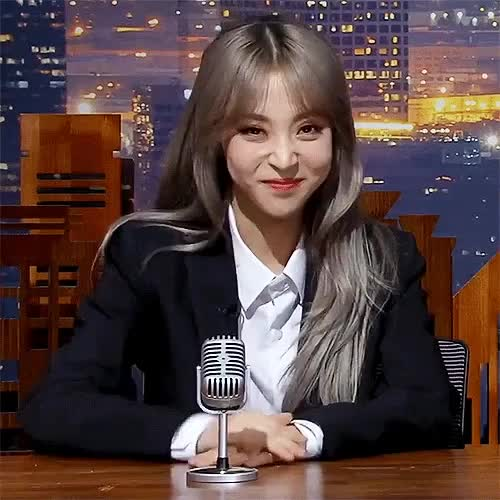 Watch and share Moonbyul GIFs on Gfycat