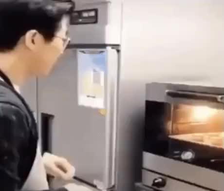 Hot food GIFs