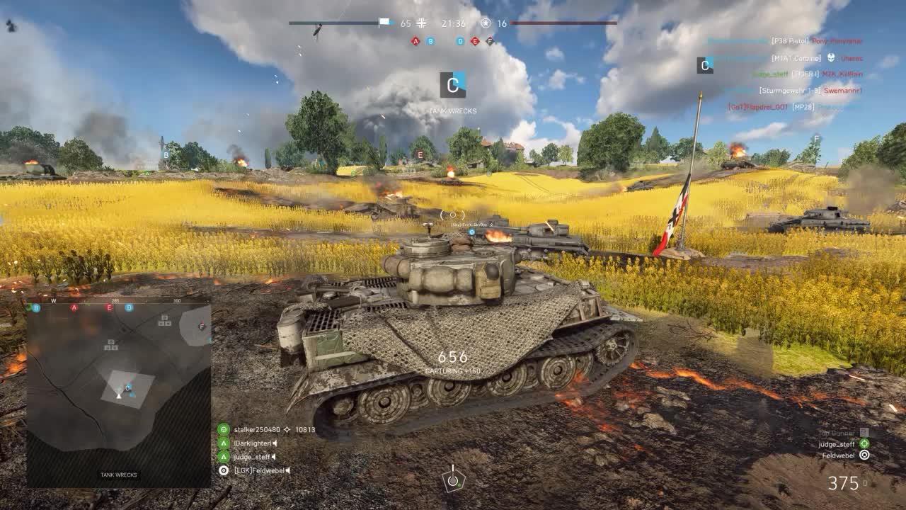 [Tank] Tank Dogfight GIFs