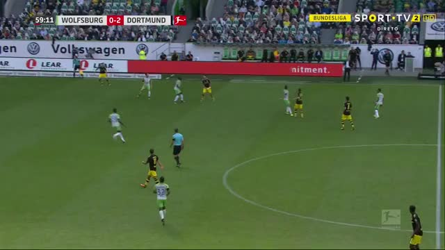 Watch and share Christian Pulisic Crosses GIFs on Gfycat
