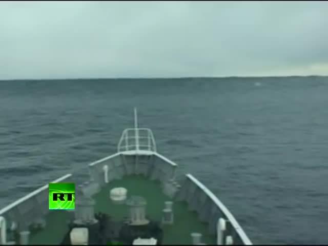 fukushima reactor, heavyseas, nuclear reactor, Tsunami Climbing: Incredible video of ship heading into wave in Japan GIFs