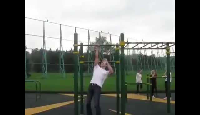 Watch One hand muscle up GIF on Gfycat. Discover more muscle up, one hand muscle up, street workout GIFs on Gfycat
