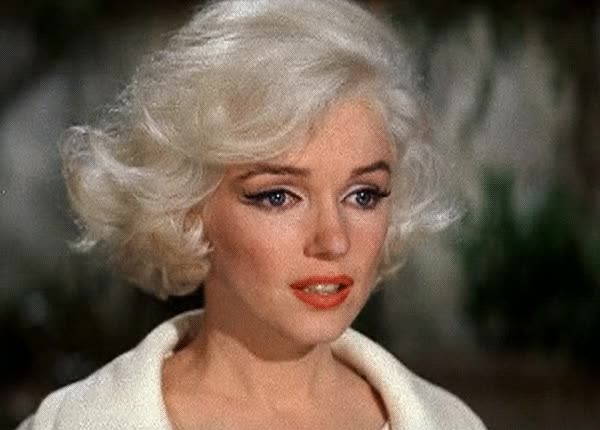 Watch this GIF on Gfycat. Discover more Marilyn Monroe GIFs on Gfycat