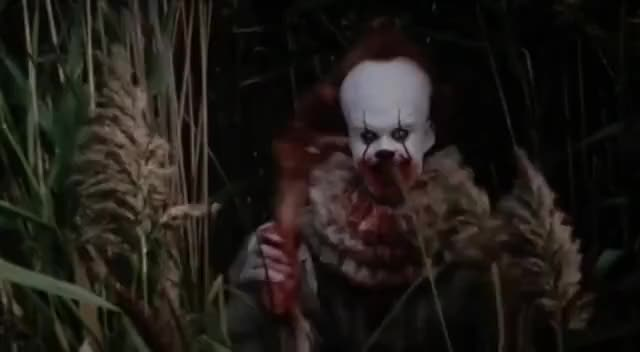 Watch and share Pennywise Waving GIFs on Gfycat