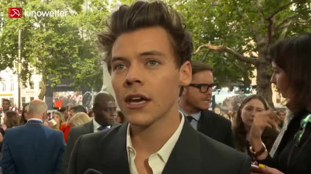 Watch this trending GIF on Gfycat. Discover more harry styles GIFs on Gfycat