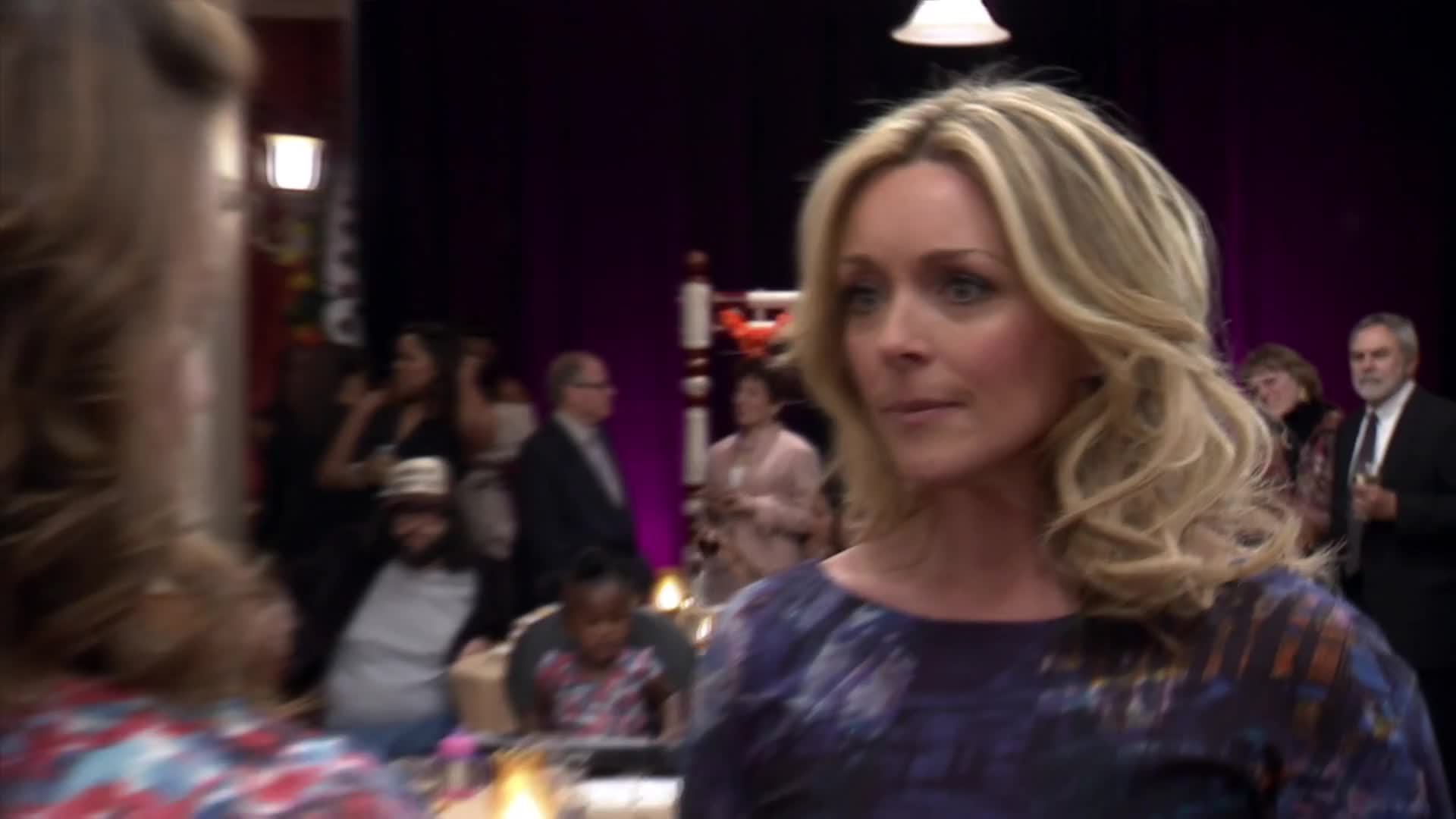 30 ROCK, Jane, Jenna, Jordan, Krakowski, Maroney, Queen, S06E20, camera, jane krakowski, look, looking, of, stare, tina fey, Jenna looking at cameras GIFs