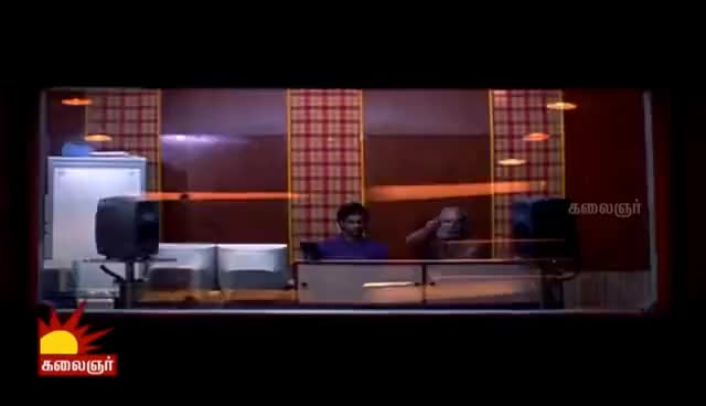 Watch and share Mozhi   Comedy Scenes   Prithviraj   Jyothika   Prakash Raj GIFs on Gfycat