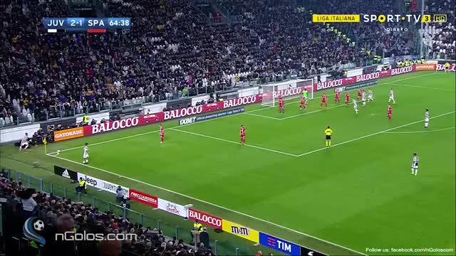Watch and share (www.nGolos.com) Juventus [3]-1 Spal - Higuain 65' GIFs on Gfycat