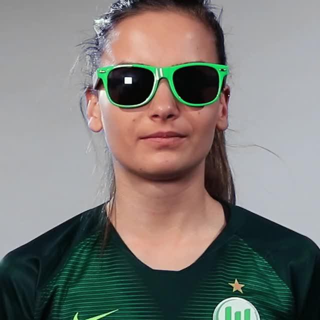 Watch and share Joelle Wedemeyer - Sunglas GIFs by VfL Wolfsburg on Gfycat