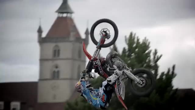 Watch this trending GIF on Gfycat. Discover more All Tags, Motorbike, Sports, Transworld, Turbo, bmw, cross, cruiser, fmx, ktm, motor, motorcycle, quad, redbull, scooter, shred, stunts, supercross, surf, swatch GIFs on Gfycat