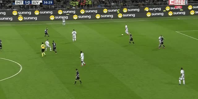 Watch and share Bonucci Long Pass Vs Inter 18-19 GIFs by FIFPRO Stats on Gfycat
