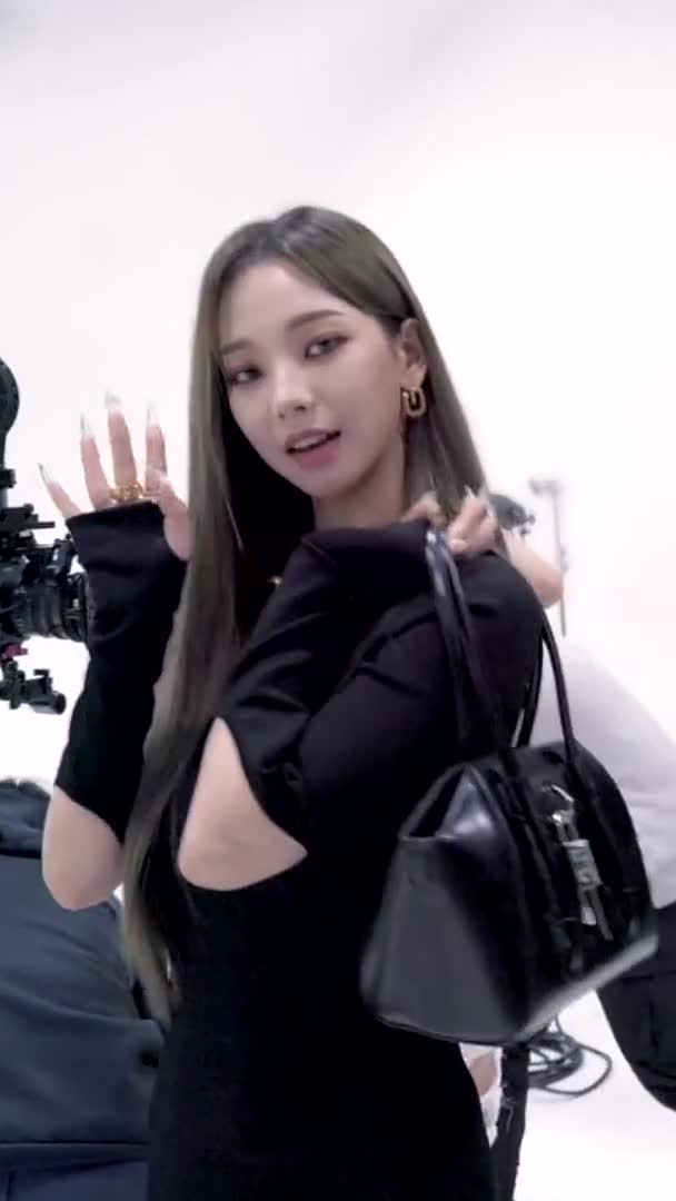 Watch and share Aespa 에스파 DAZED With GIVENCHY Photoshoot Behind The Scenes GIFs by Lester2031 on Gfycat