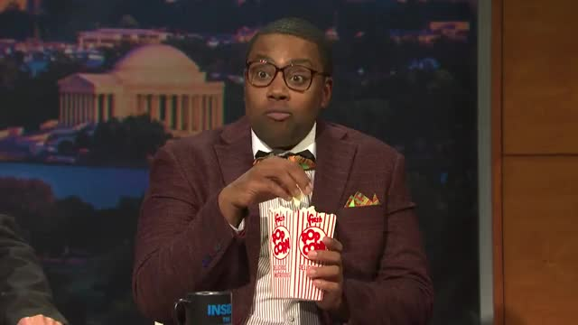 Watch and share Kenan Thompson GIFs and Popcorn GIFs by efitz11 on Gfycat