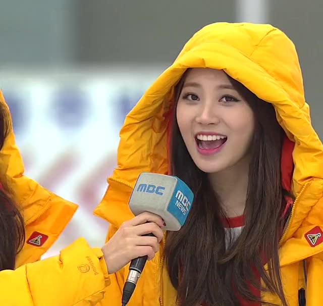 Watch Yura GIF on Gfycat. Discover more GirlsDay, ISAC, kpics GIFs on Gfycat