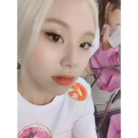 Watch and share Twicetagram-20190329-0002 GIFs by theangryrobo on Gfycat