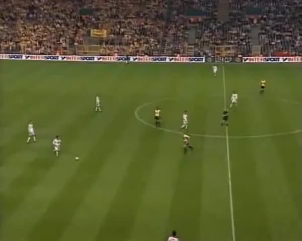 Watch and share Galatasaray GIFs and Fussball GIFs on Gfycat