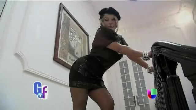 Watch Laura León confesó que se operó su 'tesorito' - El Gordo y La Flaca GIF on Gfycat. Discover more All Tags, Belleza, Entretenimiento, Tips, VIDEOS, celebridades, chismes, entertainment, famosos, flaca, gordo, gossip, jacuzzi, secretos GIFs on Gfycat
