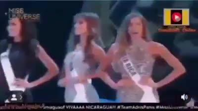 HHen Niê lọt top những khoảnh khắc hài hước nhất của hoa hậu 2018, không chỉ một mà đến hai lần!