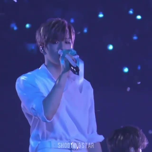 Concert ngày cuối của Wanna One: Hành trình dài 512 ngày khép lại trong nước mắt! ảnh 7