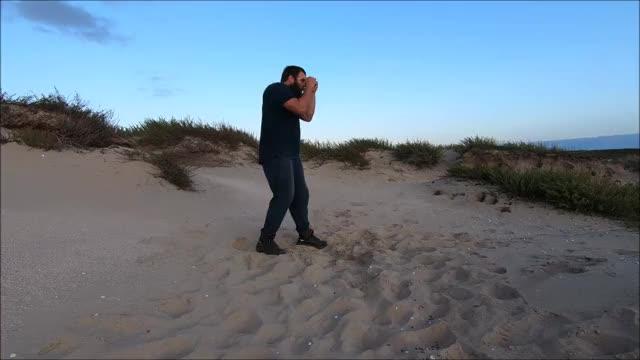 Watch and share Gemengde Vechtsport GIFs and Vecht Training GIFs by Jeffrey Koelewijn on Gfycat