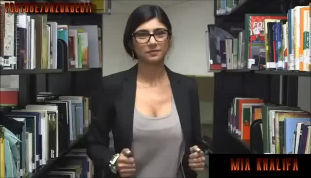 boobs, breast, breasts, mia khalifa, porn, Mia Khalifa Big Cleavage & Big Boobs GIFs