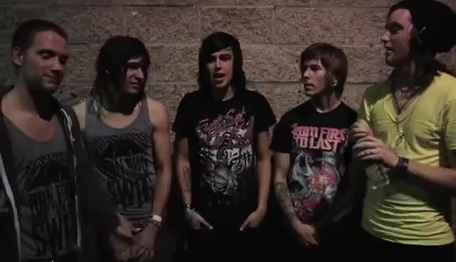 Watch sounds like caramel apples GIF on Gfycat. Discover more kellin quinn, sleeping with sirens GIFs on Gfycat