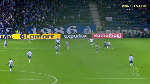 Watch and share 20191103 2051 - Sport TV 1 HD - Liga NOS - FC Porto X Desp 2398 GIFs by perks on Gfycat