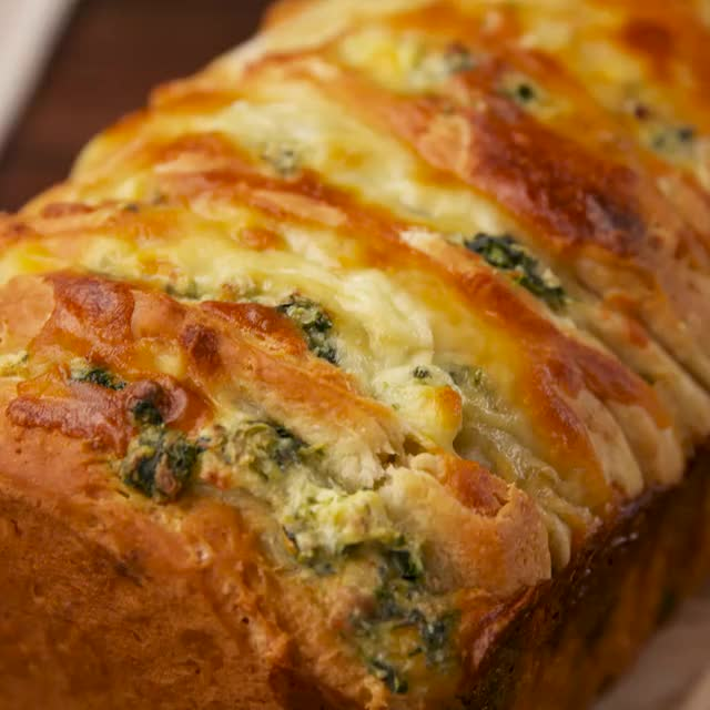 Watch and share Spinach Artichoke Pull-Apart Bread Is Every Craving You've Ever Had. Full R... GIFs on Gfycat
