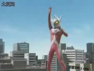 Watch and share Ultraman GIFs and Hisatsu GIFs on Gfycat