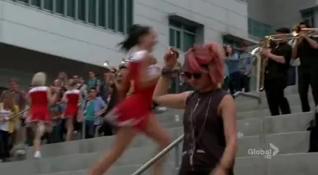 dont, glee, its not unusual GIFs