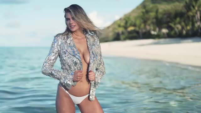 Watch this kate upton GIF on Gfycat. Discover more celebs, kate upton, swimsuit GIFs on Gfycat