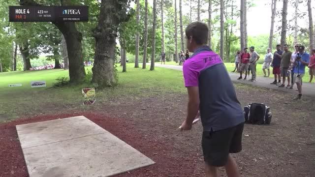Watch and share 2019 Pro Worlds Round 5 Lake Eureka Kevin Jones Hole 4 Drive GIFs by Benn Wineka UWDG on Gfycat